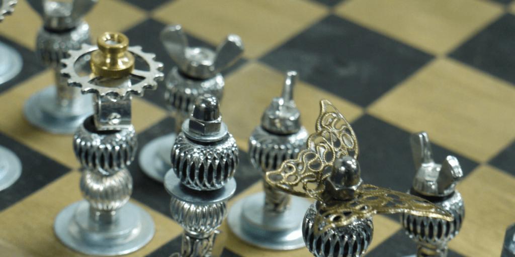 Empfohlene Beitragsbilder 6 Möglichkeiten wie Schach Sie beim Fußball verbessern kann Break the Defence 1024x512 - 6 Wege Schach kann Sie besser im Fußball machen